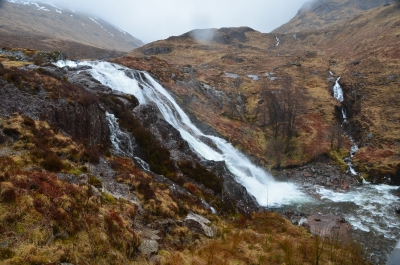 Old Man of Storr, Waterfall, Skotsko